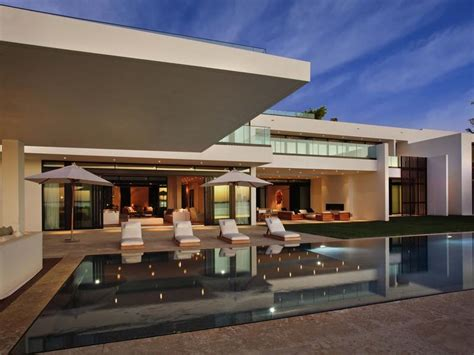 miami modern home design a superb modern home in miami beach florida 22