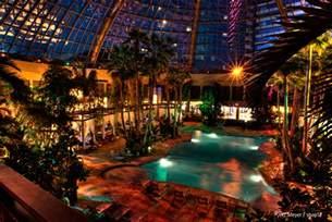harrahs hotel atlantic city the pool at harrah s resort