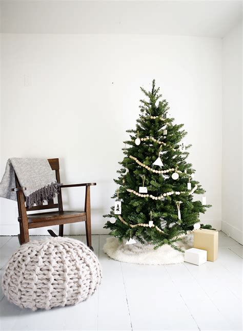 minimal christmas tree 187 the merrythought