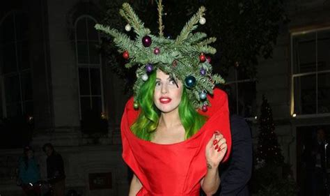 singer lady gaga arrrives at her london hotel dressed as a