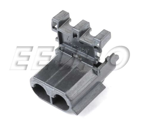 volvo electrical connectors 970755 genuine volvo electrical connector housing 2