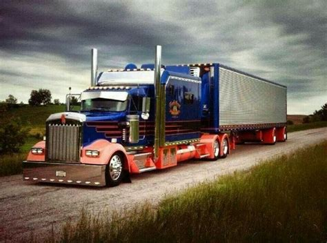 W900 Studio Sleeper by Kenworth W900 Studios Sleeper Trucks