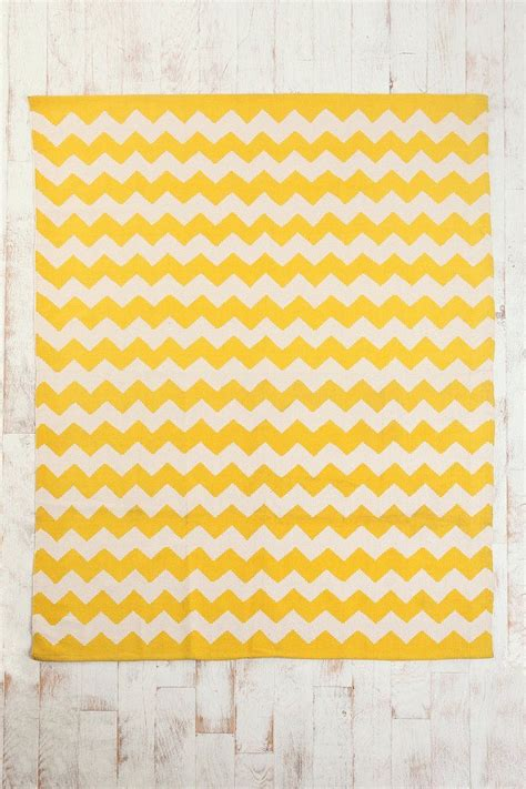 yellow and grey chevron rug 1000 ideas about yellow chevron rugs on yellow chevron chevron rugs and grey