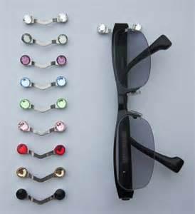 readerest magnetic eyeglass holder proves popular with
