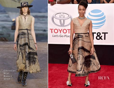 Catwalk To Carpet Kerry Washington In Maison Martin Margiela by Sonequa Martin Green In Christian 2018 Naacp Image