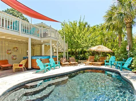 Cottages With Pool And Tub by 25 Best Images About Pools And Tubs On Tybee