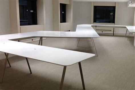 table de bureau design tables de bureau et banque d accueil esthederm