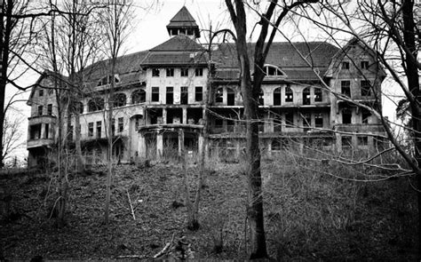 top 10 haunted houses top 10 haunted houses in the united states bae daily