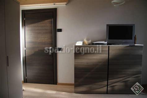 porte rovere grigio porta rovere tinta grigio spazio legno srl