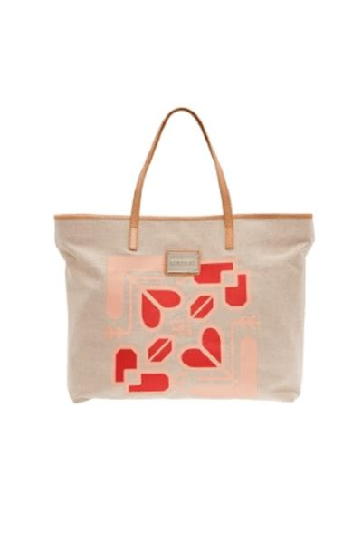 Fab Gift Guide Bag by Looking For A Must Handbag Fab S Bag Tastic