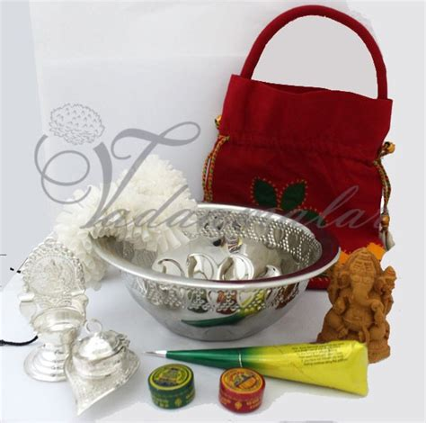 Housewarming Gifts India | thugil online store return gift pack for house warming