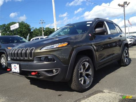 jeep cherokee trailhawk green 2014 eco green pearl jeep cherokee trailhawk 4x4 94218729