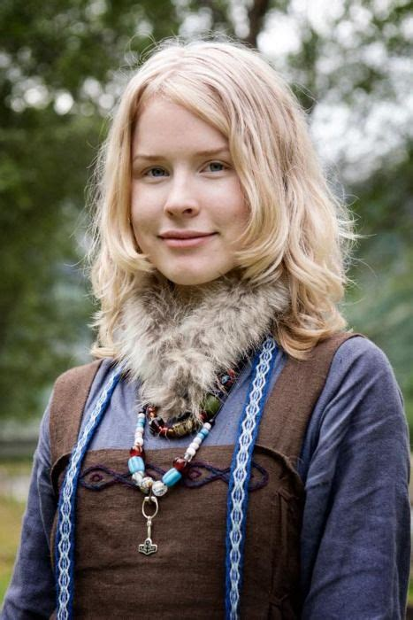 Sca Nordic Hair | 94 best sca garb women viking images on pinterest