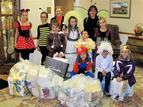 francis house syracuse holy family school pupils in fairmount collect donations for francis house syracuse com