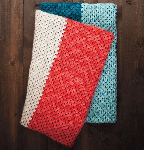beginner knit blanket 17 best images about let s learn to crochet on