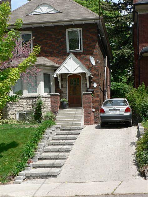 28 nice landscaping ideas sloped driveway izvipi com