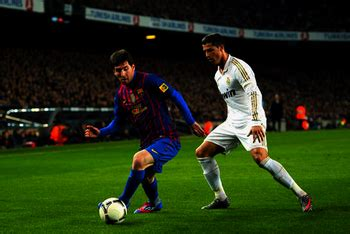 you cannot stop lionel messi football world drools over how to dribble like lionel messi viking barca
