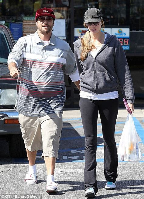 Kevin Federline Says There Is No by Kevin Federline Covers His Widening Girth In Unflattering
