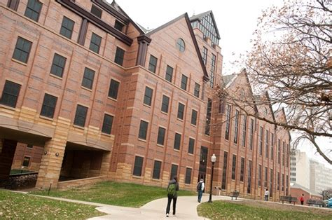 Illinois State Mba by Princeton Review Gives M B A Program High Ranking