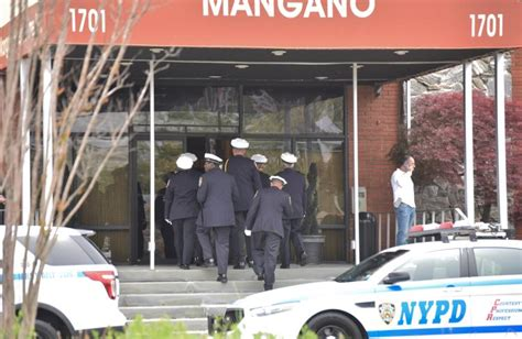 family of nypd cop who killed himself pay respects at
