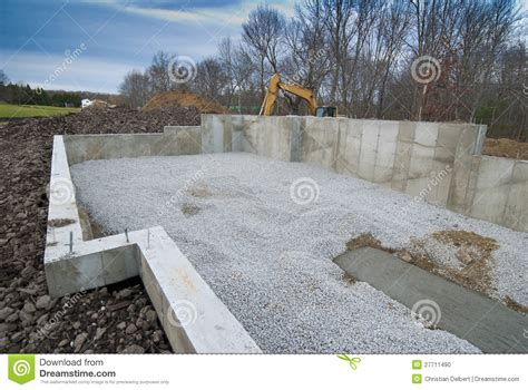 new home foundation new house foundation stock photo image 27711490