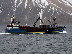 who owns the boats on deadliest catch fv cornelia marie wikipedia