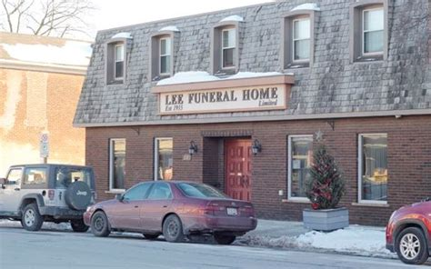 streetsville funeral home may lose its licence