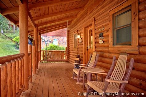 smoky creek cabins hilltop hideaway pigeon forge and gatlinburg pigeon forge cabin creekside hideaway from 115 00
