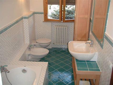 pulire bagno consigli su come pulire il bagno