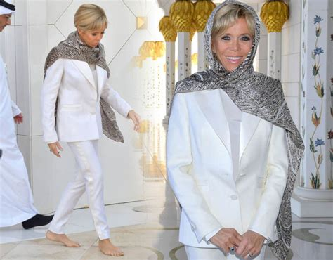 Jaket Huskies Abu brigitte macron news pictures as she covers to visit mosque in abu dhabi