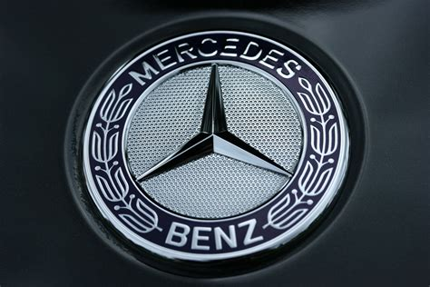 logo mercedes benz amg mercedes benz logo wallpapers pictures images