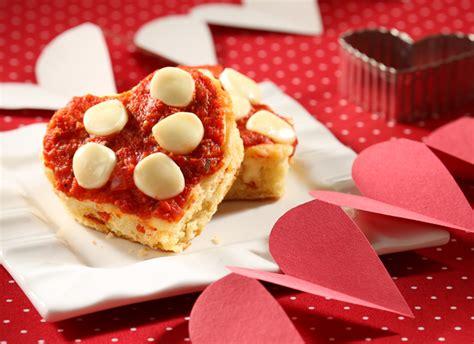 cheesy valentines frigo cheese heads cheesy valentines biscuits