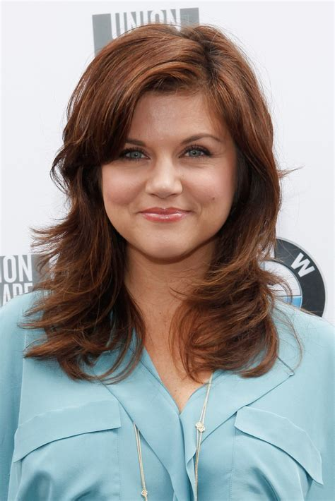 Tiffani Thiessen Hairstyles by Tiffani Thiessen Medium Layered Cut Tiffani Thiessen
