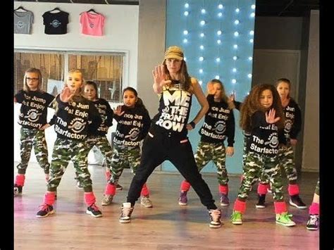 easy zumba tutorial uptown funk easy kids dance fitness warming up zumba