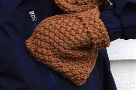 pocket scarf knitting pattern pocket scarf and brim hat knitting patterns and crochet