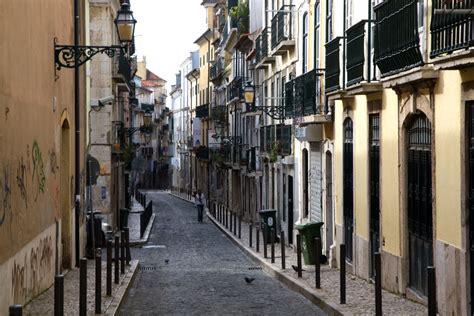 apartamentos lisboa barrio alto lisbon bairro alto rua da rosa portugal travel guide