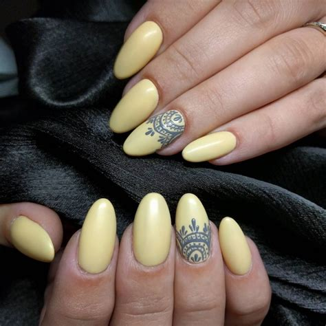Yellow Nail Designs For Nails