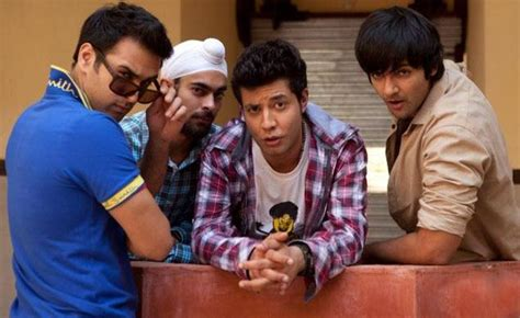 8 Reasons Gamers Make Better Boyfriends by 8 Reasons Why Delhi Boys Make The Best Boyfriends