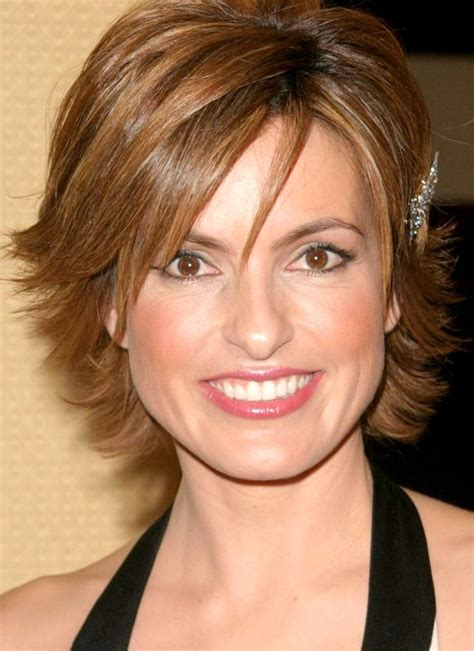 pictures of short layered hairstyles that flip out 78 images about hairstyle on pinterest bobs julianne