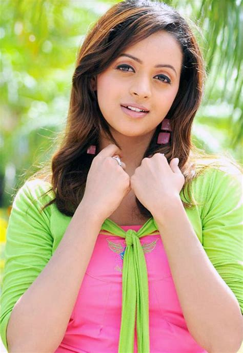 queen movie actress name malayalam tamil telugu malayalam actress bhavana hot spicy stills 17