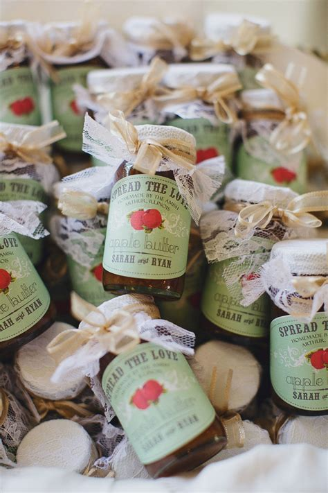 delightful fall wedding favors guests