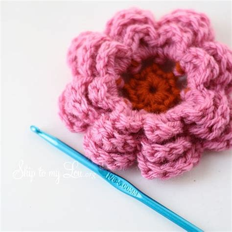 crochet flower pattern easy youtube 10 simple crochet flower patterns everythingetsy com