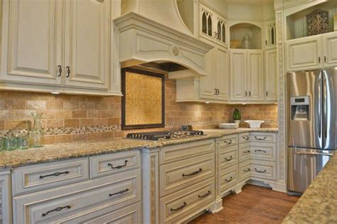 ivory colored kitchen cabinets ivory cabinets new kitchen finally pinterest