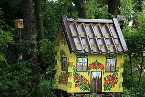 painted dog houses 30 dog house decoration ideas bright accents for backyard designs interior design inspirations