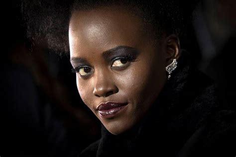 Pelcula Negra by En Pantera Negra Una Pel 237 Cula De Superh 233 Roes Que