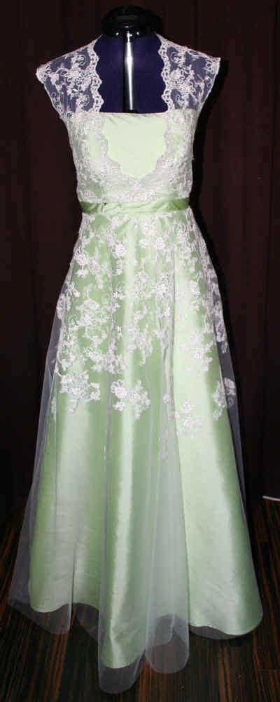 Brautkleid Farben by Brautkleider Farbe