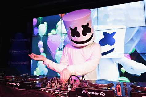 marshmello you and me singer marshmello has a super awkward interview with radio disney