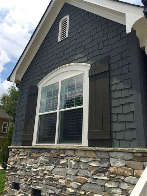 best way to paint exterior trim best 25 black shutters ideas on