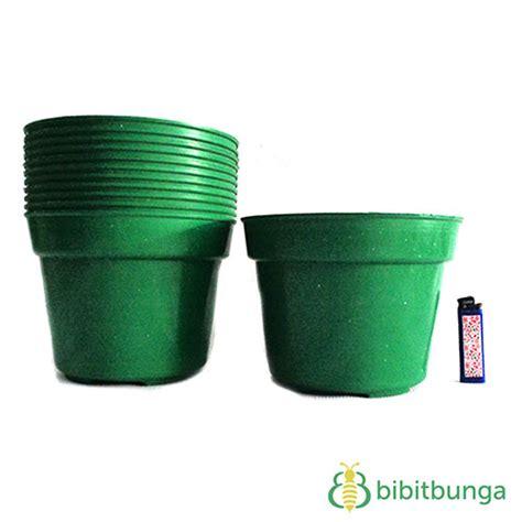 Pot Bibit Plastik jual tanaman plastik untuk akuarium common 023