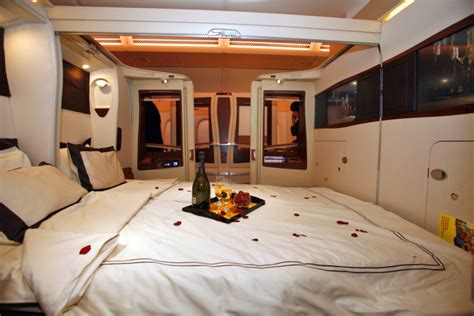 Emirates Airlines Inside Cabin View by En Forme Apr 232 S Un Vol De Nuit Oui C Est Possible